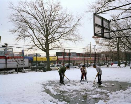 30_08shoveling_snow